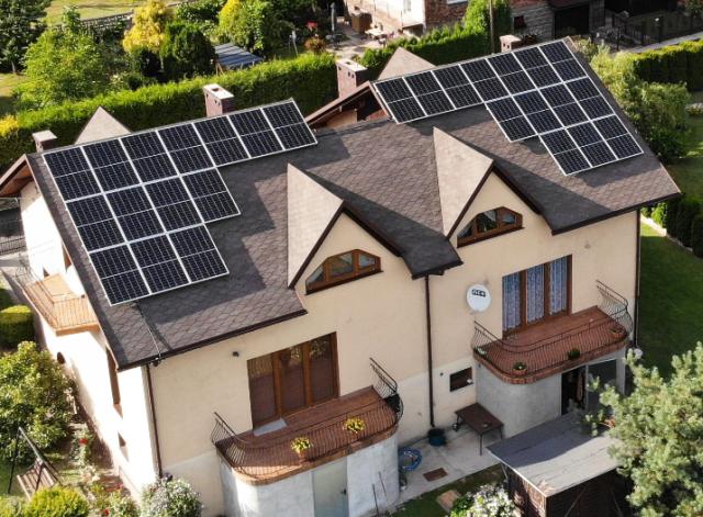 jak wygląda rozliczenie prądu z fotowoltaiki? Fotowoltaika na dachu dużego domu
