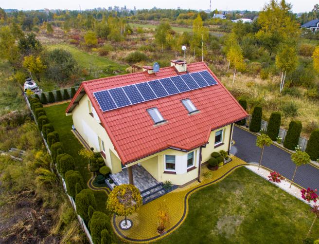 instalacje fotowoltaiczne na dachu