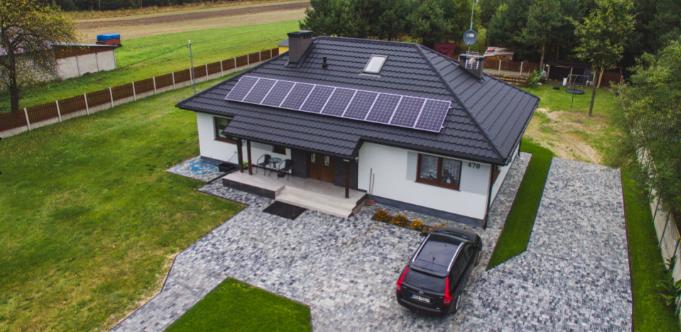fotowoltaika na dachu domu